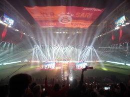 "Galatasaray celebrates the championship ""title ="" Galatasaray celebrates the championship ""width ="" 260 ""height ="" 195"
