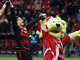 Chicharito und Brian the Lion