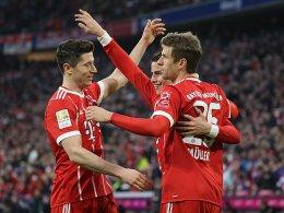 Robert Lewandowski, James und Thomas Müller