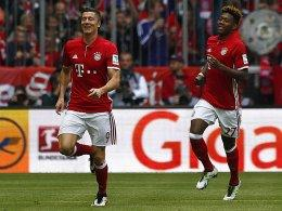 Robert Lewandowski (li.) und David Alaba