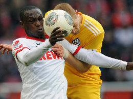 Anthony Ujah (links) und Andre Hainault