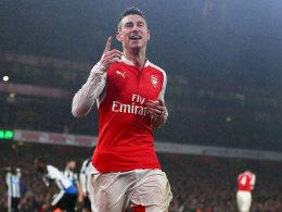 Laurent Koscielny jubelt gegen Newcastle
