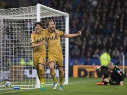 Heung-Min Son (li.) und Harry Kane