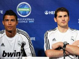 Iker Casillas (re.) und Christiano Ronaldo
