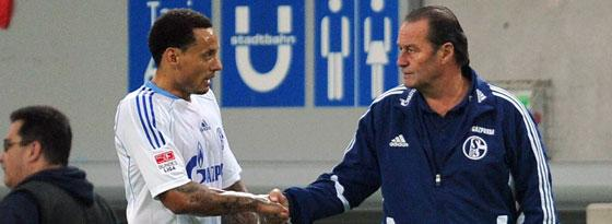 Huub Stevens (re.) und Jermaine Jones