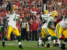 Aaron Rodgers (links)