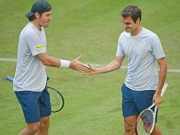 Tommy Haas und Roger Federer (l.)