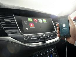 Opel Astra CarPlay